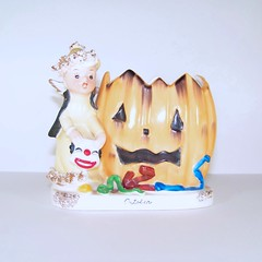 Napco October Halloween Angel with Jack O' Lantern Planter (filigreefairy) Tags: napco halloween angel jackolantern jol clownmask rare costume madeinjapan vintage ceramic figurine planter girl