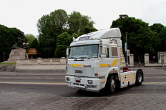 Iveco Turbostar 190-48 Special (Falippo) Tags: fiat iveco turbostar ivecoturbostar 19048 italiantruck camionitaliano lkw truck camion trattorestradale aite camionstorico oldtimer vintage bologna piazzaviiiagosto