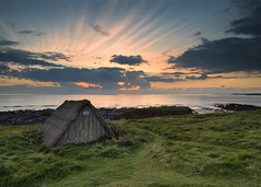 Seaweed hut, Freshwater (Matt_Noone - www.10photography.co.uk) Tags: sunset seascape sea ocean outdoor wales pembrokeshire clouds
