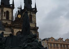 Praga, monumento a Jan Hus, piazza della citt vecchia (pierpaolourga) Tags: oldtown praha