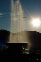 Para cima (Paulo_Sergio) Tags: brazil minasgerais sol gua brasil contraluz lumix panasonic fonte montesio praacentral fz35