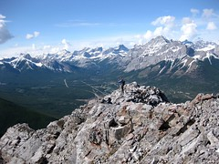 G8 Summit Scramble 14 (benlarhome) Tags: mountain canada montagne trekking trek kananaskis rockies spring hiking hike alberta rockymountain rockymountains scramble g8 gebirge scrambling
