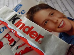 309/366 Kinder no ovo! (Isamarias2) Tags: kids project kinder days ferrero 366 366days