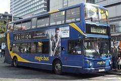 Stagecoach In Manchester Dennis Trident 2/Alexander ALX400 17619 (V619 DJA) (john-s-91) Tags: manchester stagecoach oblivion stagecoachinmanchester alexanderalx400 dennistrident2 17619 v619dja manchesterroute142