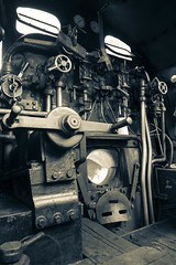 Footplate and cab of 7f steam engine 53809 (Malcolm Farrow) Tags: northnorfolkrailway steamgala autumn 2016 steamengine blackandwhite splittone somersetanddorset class7f footplate cab controls