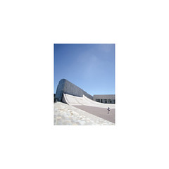 [o] (Richard:Fraser) Tags: architecture building design oneperson spain galacia