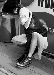 Fringe on the Mile 2016 0156 (byronv2) Tags: fringe fringe2016 edinburghfringe2016 edinburghfestivalfringe2016 edinburgh edimbourg edinburghfestivalfringe edinburghfringe festival royalmile oldtown street candid peoplewatching performer mask gasmask blackandwhite blackwhite bw monochrome