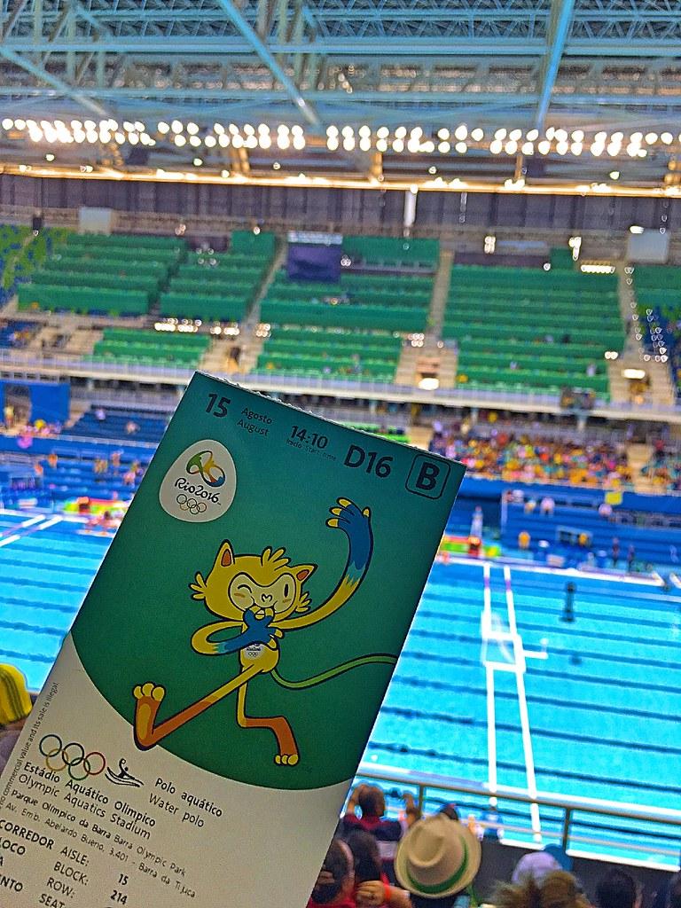 Ganhamos até ingressos de última hora pra ver as meninas do Brasil no polo aquático!