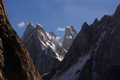 Biafo: Spires (Shahid Durrani) Tags: biafo glacier karakorams gilgit baltistan pakistan