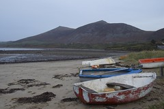 Trefor Beach (daveguile1878) Tags: boat beach trefor mountain