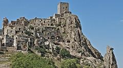 graculum (zuroccu) Tags: fantasmi basilicata medievale borgo