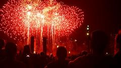 Picture of the Day #197 - Red Fire ( [Kristoffer]) Tags: 197 fireworks feuerwerk berlin samsung galaxy s6 edge night nacht leuchten dunkel explosion shadow contrast shiver glow glhen people menschen stunning wow olympiastadion hauptstadt capital germany deutschland menschenmenge silvester new years eve