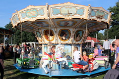 Kiddy ride (Davydutchy) Tags: flaeijelfeest flaeijel festival nijhoarne nieuwehorne oudehorne ldhoarne frysln friesland frisia frise country life platteland feest fairground funfair fair kermis kirmes kermesse juste oldfashioned old alt draaimolen merrygoround carousel caroussel karussel kiddy ride schausteller kids children fun september 2016