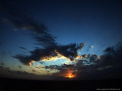 Amanecer Caribe (Ivan Mauricio Agudelo Velasquez) Tags: cloud sky sol sun horizonte mar sea caribe