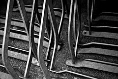 Saison-Ende / End Of Season (Bernd Kretzer) Tags: sthle chairs schwarzweiss blackwhite abstrakt abstract nikon afs dx zoomnikkor 1855mm 13556g