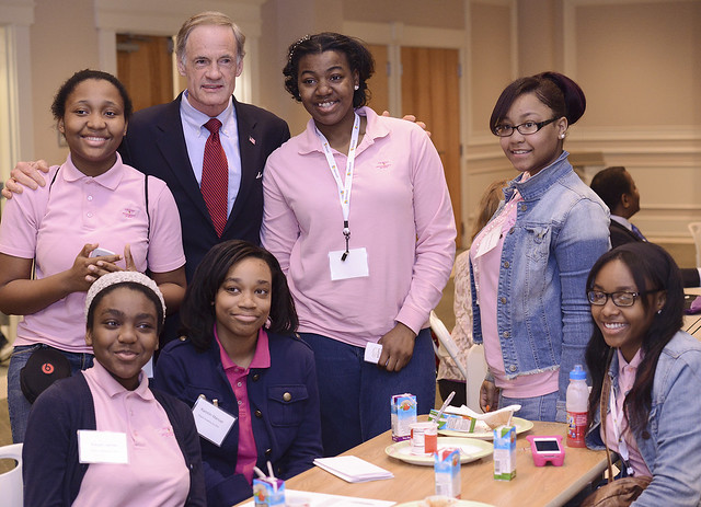 Senator Carper, with Digigirlz
