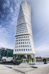 Turning Torso (1 of 5)  (_K5A7881) (Ross G. Strachan Photography) Tags: building architecture modern apartments sweden flats torso turning malmo