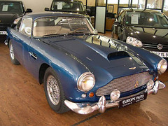 Aston Martin DB4 (EuropeAuto) Tags: auto blue france classic cars europe nissan martin voiture collection bleu le db4 neuf antibes aston tat ancien prestige rnovation vhicule cannet rnov