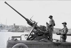 A 4cm Bofors Flak gun. (Krueger Waffen) Tags: history war gun tank military wwii ww2 artillery 40mm anti waffenss aaa flak tanks panzer secondworldwar worldwartwo antiaircraft luftwaffe warfare wehrmacht bofors 2pounder