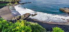 Sunny day at the beach (hjuengst) Tags: ocean panorama meer pano wave tenerife teneriffa canaryislands wellen kanarischeinseln nikond7000 bollullobeach