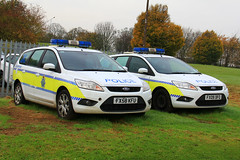 Lincolnshire Police Dog Section (PFB-999) Tags: dog ford car wagon focus estate police headquarters lincolnshire lincoln vehicle leds van hq beacons section k9 workshops unit lightbar lincs constabulary rotators dashlight fx09dfo fx58kfu