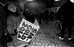 (Johan Jehlbo) Tags: street nikon kodak candid c flash streetphotography sp nikonfm2 strobe kodaktx400 streetbw flashstreetphotography streetflash streetflashphotography