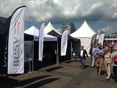 Quick Folding Tent  met UPPE beachflags