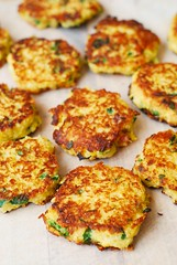Quinoa, Spaghetti Squash, and Bacon Fritters (JuliasAlbum.com) Tags: breakfast bacon quinoa snacks spaghettisquash fritters glutenfree