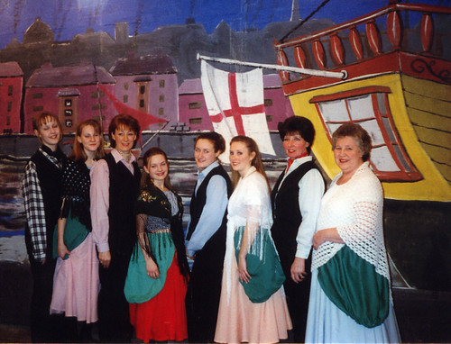 1997 Robinson Crusoe 02 (from left Maxine Haigh,x,Linda Ellis,x,Shelley Redgate,x,Pauline Milner,Rita Hampton)