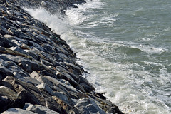 Waves _JGS (withcamera) Tags: seascape beach rock nikon waves dating southkorea foreshore incheon takingpictures vestige seonjaedo nikondfcamera mosesmiracles mokseomway seonjaeri seonjbridge