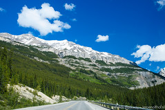 Icefields Parkway (Jeroenolthof.nl) Tags: road snow canada mountains ice landscape drive jeroen scenery jasper scenic alberta parkway banff icefields icefield olthof jeroenolthofnl