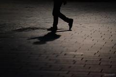 (atacamaki) Tags: xt1 50140 xf f28 rlmoiswr fujifilm jpeg atacamaki shadow foot