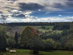 Der Herbst ist da (Blende2,8) Tags: reutlingen rbgarten tal himmel wolken bume felder