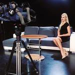Patricija na snemanju v studiu Pop tv.