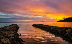 Sunset (Marcus Lim @ WK) Tags: sunset landscape seaside aeroplane lanscape nikon tamron1750 burning burn sky sea