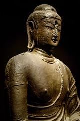 Iron Seated Buddha (Yunhyok Choi) Tags: smcpentaxfamacro50mmf28 korea pentax pentaxk3 artifact buddah buddhism iron museum statue   kr