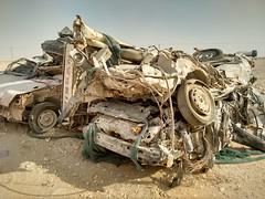 2014-11-06 14.22.19 (felipefonseca) Tags: trip junk tires fieldtrip lixo qatar craftsmen gambiarra vcuq repairmen mfavcuq