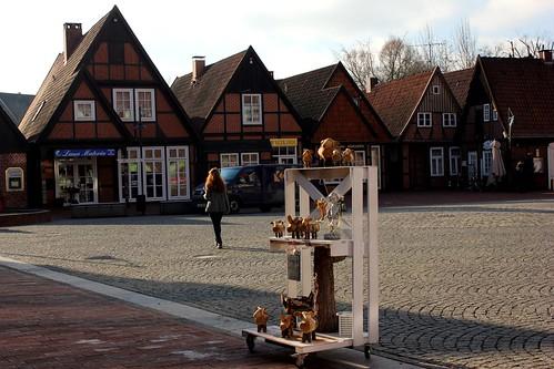 "In Soltau 2015 • <a style=""font-size:0.8em;"" href=""http://www.flickr.com/photos/69570948@N04/15822832603/"" target=""_blank"">Auf Flickr ansehen</a>"