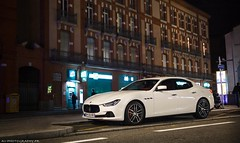 Maserati Ghibli (antof1 - av-photography.fr) Tags: white night canon photography eos december novembre angle jean vincent sigma grand jo papa ghibli toulouse noël maserati spotting av lumières décembre antonin 2014 sapins apsc 60d lumineuses girlandes aurés antof1
