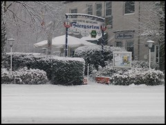 Mlheim (abudulla.saheem) Tags: schnee winter snow germany deutschland lumix town panasonic stadt nrw beergarden ruhrgebiet biergarten ruhrarea ruhrpott mlheim abudullasaheem heuweg dmctz31