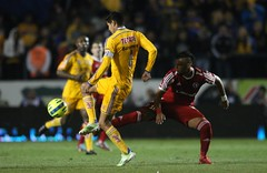 TIGRES VS TIJUANA (Photos Liga Mx) Tags: mexico football stadium soccer estadio nuevoleon ricardo tijuana hugo futbol monterrey league ayala tigres universitario clausura 2015 dasilva xolos bancomer
