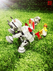 Day 82: My Knight in Shining Armour (Guang Ye) Tags: lego stormtrooper legostarwars legostormtrooper
