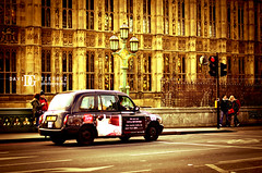 London Cab and Houses of Parliament (davidgutierrez.co.uk) Tags: street city uk urban london art westminster architecture photography 50mm europe photographer pentax cab taxi housesofparliament retro londres palaceofwestminster londoncab davidgutierrez londonphotographer davidgutierrezphotography pentaxk5iis