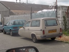 Reliant Rialto (occama) Tags: old uk 3 car wheel three beige cornwall british wheeler trike rialto reliant d724nod