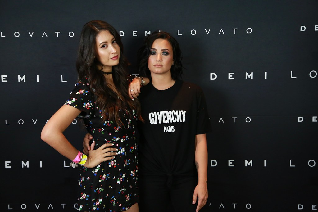 The worlds best photos by christystarztwo flickr hive mind demi lovato christystarztwo tags camp rock sunrise ball kevin tour florida brothers miami m4hsunfo