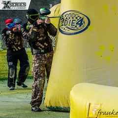 XSeries Limburg (Kebora.Gebora) Tags: xseries limburg xserieslimburg paintball paint farbe makierer maske shoot bunt farben spritzer team qooga spas freunde friends fun tollertag turnier