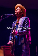 Jakob Dylan- The Wallflowers (Image_Czar) Tags: thewallflowers jakobdylan band livemusic concertphotography performingarts newlenoxtripleplay illinois singer songwriter artist
