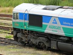 66711_02 (Transrail) Tags: class66 emd shed diesel locomotive coco gbrf tonbridge gbrailfreight 66711 aggregateindustries sence