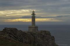 Faro de Punta Nariga (PITUSA 2) Tags: faro puntanariga costadamorte malpica galicia elsabustomagdalena pitusa2 paisaje atardecer fotografa cielo nubes mar naturaleza