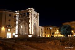 Lecce by Night: Sedile (Frank Abbate) Tags: lecce night notte salento puglia apulia italy italia citt piazza santoronzo anfiteatro grandangolo wideangle barocco baroque canon eos 80d